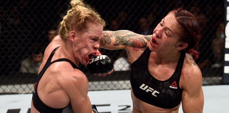 Cris-Cyborg-punches-Holly-Holm-at-UFC-219-UFC-Photo.jpg